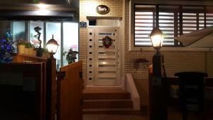 Yours Guesthouse in Tongyeong, Vendégházak  Thongjong - big - 49