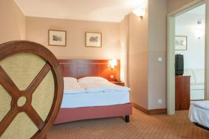 Hotel Raffaello, Hotely  Praha - big - 11