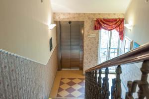 Hotel Raffaello, Hotely  Praha - big - 13