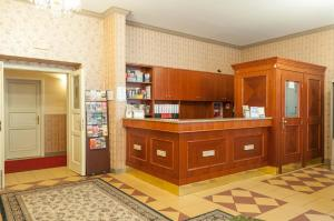 Hotel Raffaello, Hotely  Praha - big - 16
