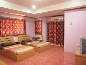 Auberges de jeunesse - Somsri Apartment