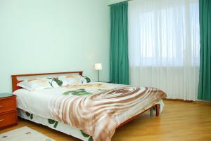 Two Bedrooms on Maydan - Kiev