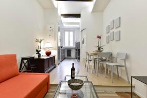 Campo de' Fiori Brand New Apartment - abcRoma.com