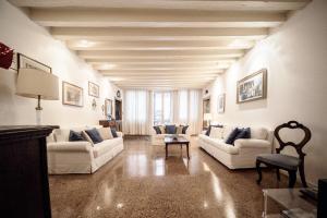 Accademia Terrazza - AbcAlberghi.com