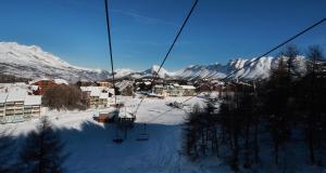 Résivacances Les Chalets de la Lauzière, Alpesi faházak  La Joue du Loup - big - 43