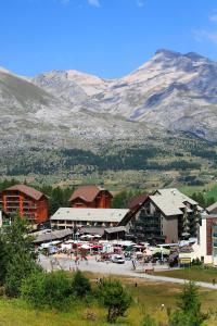 Résivacances Les Chalets de la Lauzière, Alpesi faházak  La Joue du Loup - big - 46