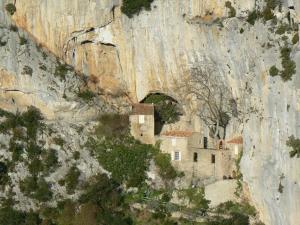Gîte l'Ecluse au Soleil, Holiday homes  Sougraigne - big - 16