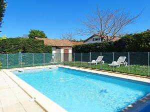 Holiday Home Lacouture, Prázdninové domy  Romatet - big - 7