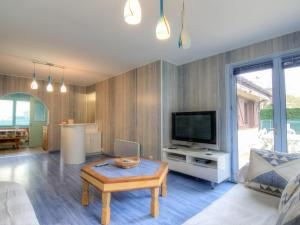 Holiday Home Lacouture, Prázdninové domy  Romatet - big - 15