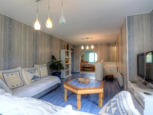 Holiday Home Lacouture, Prázdninové domy  Romatet - big - 19