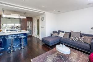Belgravia Waterside Apartment