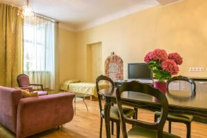Pikk 49 Old Town Residence, Апартаменты/квартиры  Таллин - big - 38