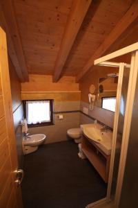 Hotel Garni Minigolf, Отели  Ледро - big - 110
