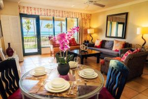 Holiday Home Beachfront Villa in the Rio Mar Resort