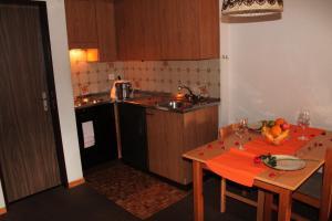 Appartements Monte Rosa, Apartmány  Täsch - big - 15