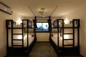 Balcony Party Hostel - Adult Only +18