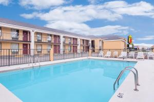 Super 8 by Wyndham Eufaula, Hotel  Eufaula - big - 15