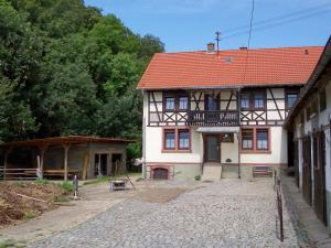 Pferdehof und Wanderreitstation Dörsam - Hemsbach