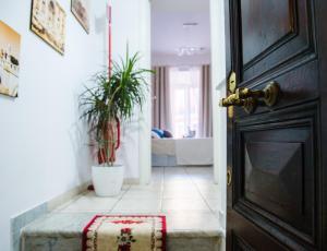 Cavour Guest Apartment - abcRoma.com