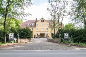 Schlosshotel Wilhelmsthal - Immenhausen