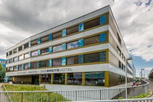 dasbreitehotel am Rhein - Hotel - Basel