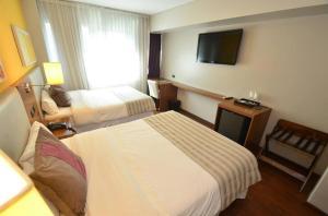Hotel Bicentenario Suites & Spa, Hotely  San Miguel de Tucumán - big - 28