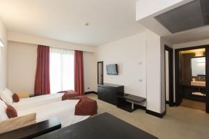 Excel Hotel Roma Ciampino, Szállodák  Marino - big - 51