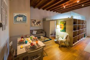 DENEB 19 Apartment - AbcAlberghi.com