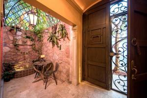 Palacio 199 - Adults Only, Bed & Breakfasts  Puerto Vallarta - big - 36