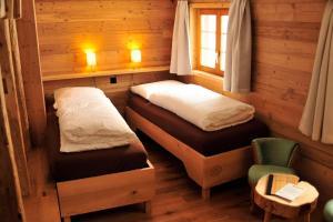 Chesa Staila Hotel - B&B, Bed & Breakfasts  La Punt-Chamues-ch - big - 47