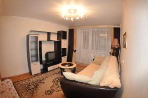 Апартаменты На Лакина 131