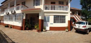 Leisure Lodge Hotels, Hotels  Freetown - big - 26