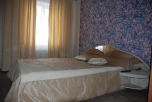 """Apartment """"Svoi"""" on Moskovskaya 101 - Imeni Rozy Lyuksemburg"""