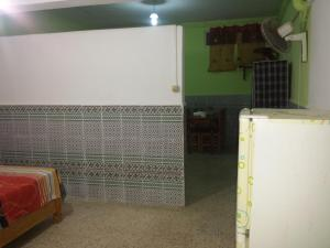 Elnaweras Guesthouse, Pensionen  Sidi Ferruch - big - 36
