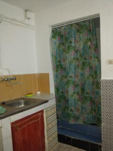 Elnaweras Guesthouse, Pensionen  Sidi Ferruch - big - 35