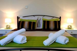 CBreeze Apartments Ialysoss
