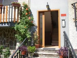 Favelle House - AbcAlberghi.com