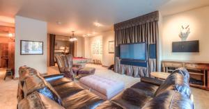 Cowboy Heaven Suites-Unit 2B - Apartment - Big Sky Mountain Village