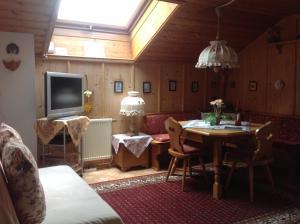 Apartements Ingrid Unhoch-Raggl, Apartmány  Oberammergau - big - 9