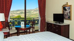 Double Room with Mountain View Les Merinides