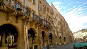 """Location gîte, chambres d'hotes New Appartement La Chambre à Côté """"St Louis"""" dans le département Moselle 57"""