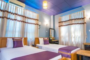 Cinderella Hotel, Отели  Моламьяйн - big - 21