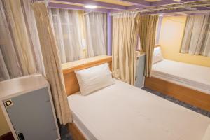 Cinderella Hotel, Отели  Моламьяйн - big - 31