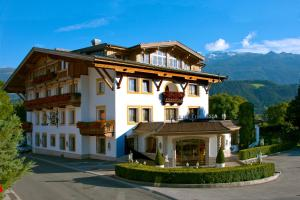 Gartenhotel Maria Theresia - Hotel - Hall in Tirol