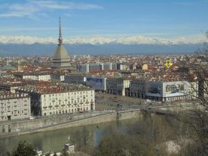 Mansarda in Vanchiglia - AbcAlberghi.com