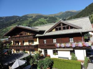 Gästehaus Schernthaner - Apartment - Dorfgastein