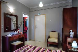 Semiramis Guesthouse, Hotely  Adamas - big - 62