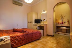 Double Room Semiramis Guesthouse