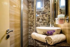 Semiramis Guesthouse, Hotely  Adamas - big - 47
