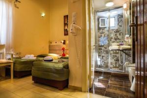 Semiramis Guesthouse, Hotely  Adamas - big - 44
